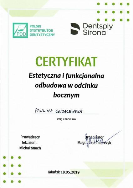 certyfikat- estetyczna i funkcjonalna odbudowa w odcinku bocznym - Paulina Gudalewska
