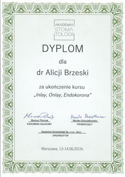 dyplom dla Alicji Brzeskiej Inlay, Onlay, Endokorona